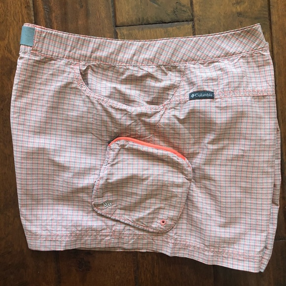 Columbia shorts water Omni shade wear with pockets